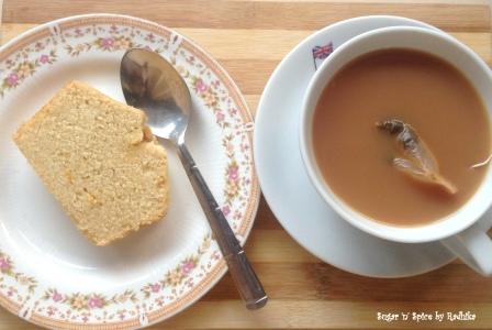 orange cake and tea