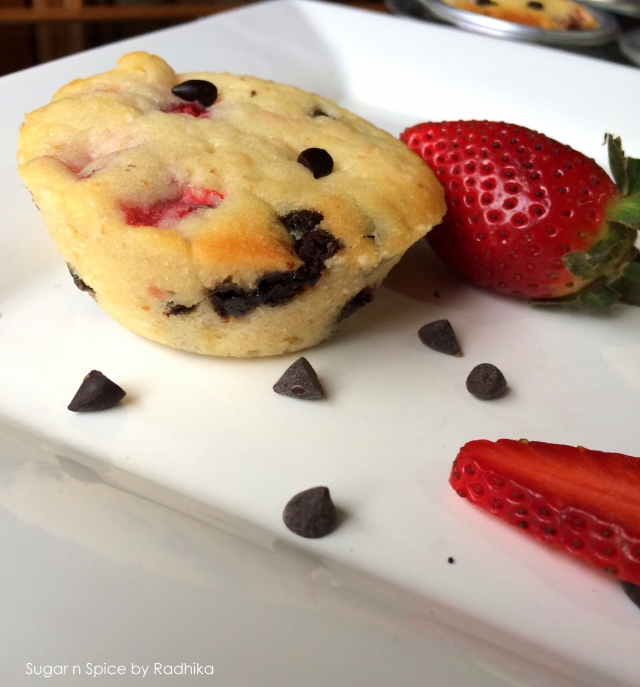 strawberry and chocolate chip muffins