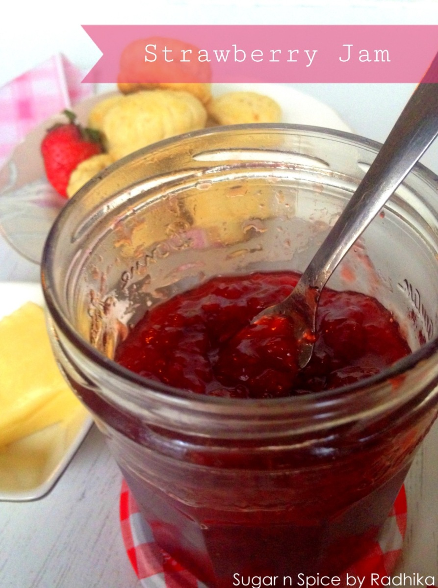 How to Make Strawberry Jam with Only 3 Ingredients?