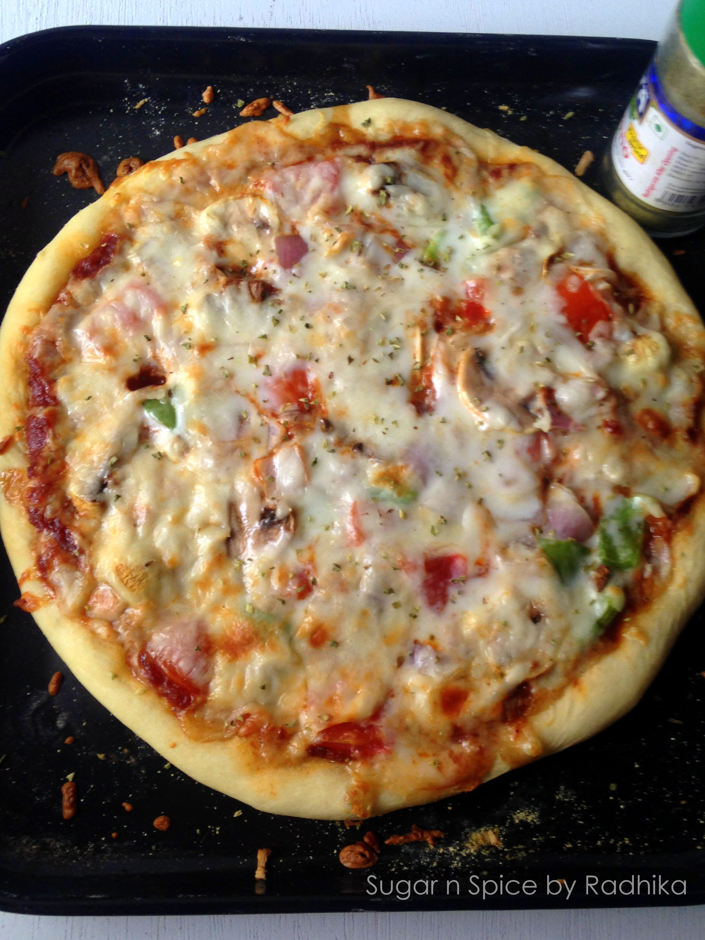 Homemade classic veggie pizza sugar spice by radhika for Classic house of pizza taunton ma
