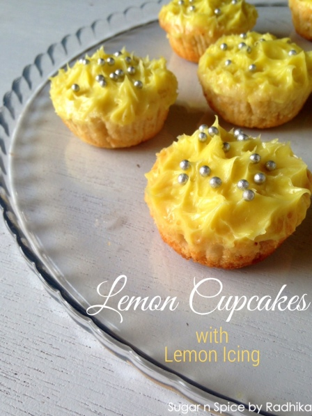 Lemon Cupcakes with Lemon Icing