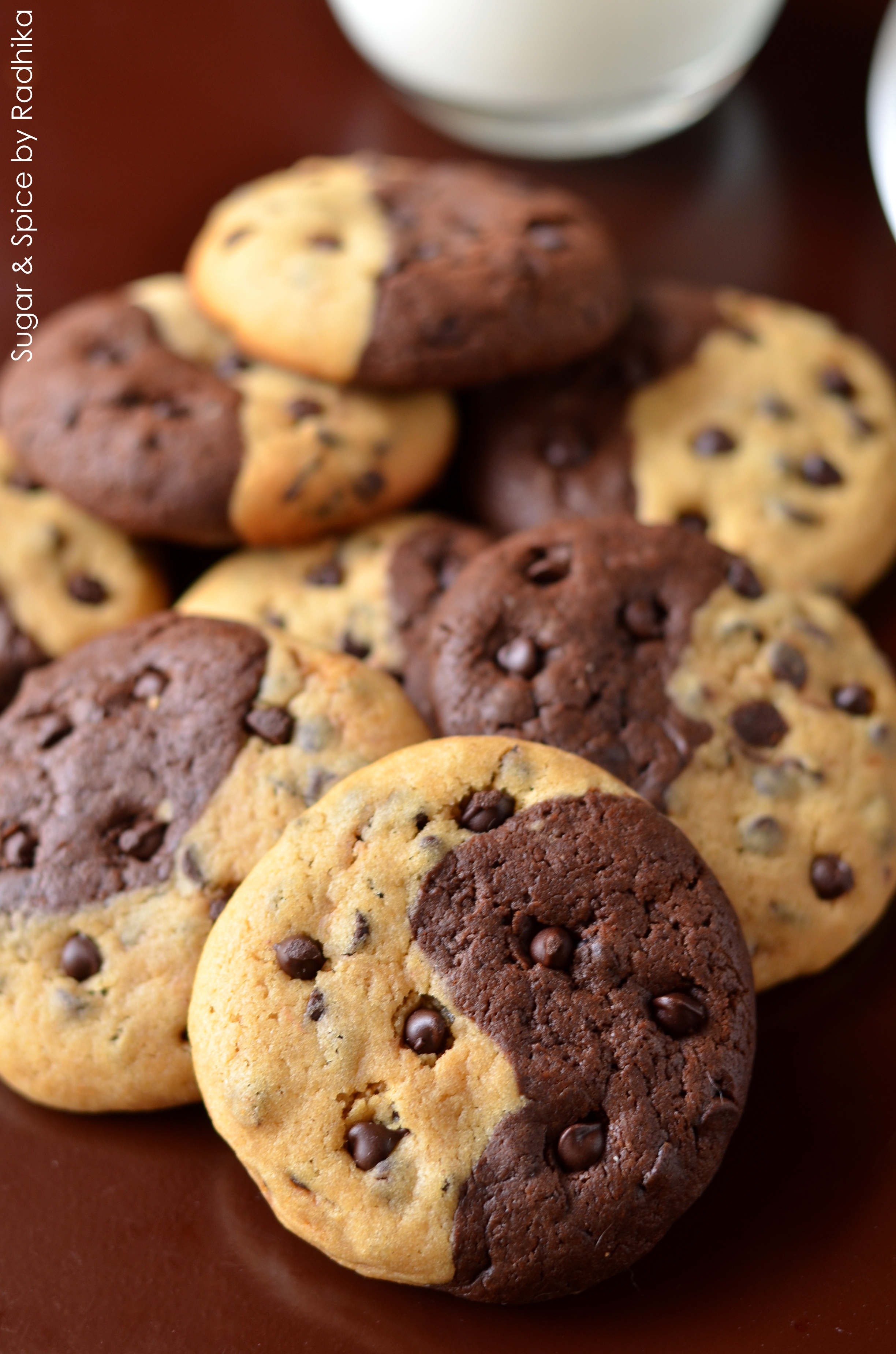 Half And Half Chocolate Chip Cookies Sugar Amp Spice By Radhika