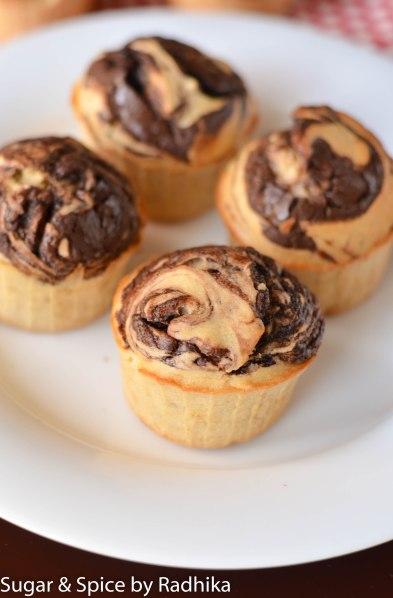 Chocolate Swirl Banana Muffins