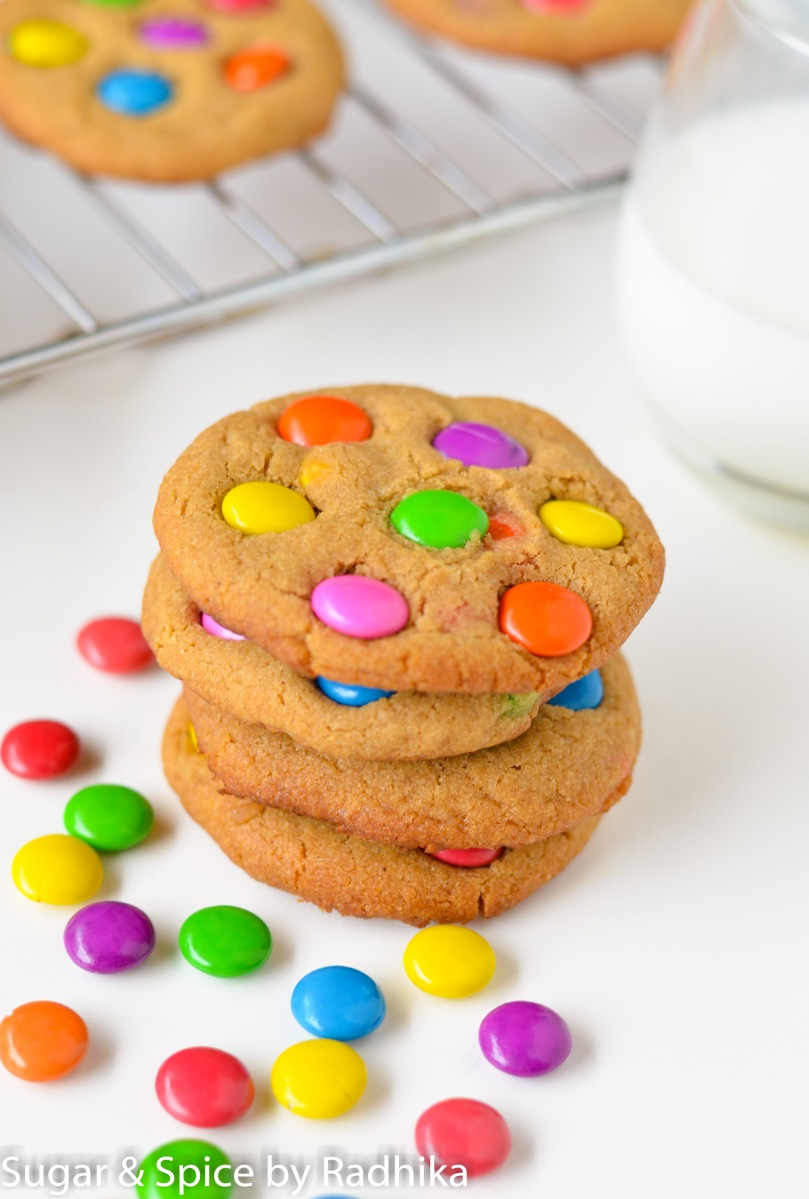 Candy Cookies aka Gems Cookies (eggless)
